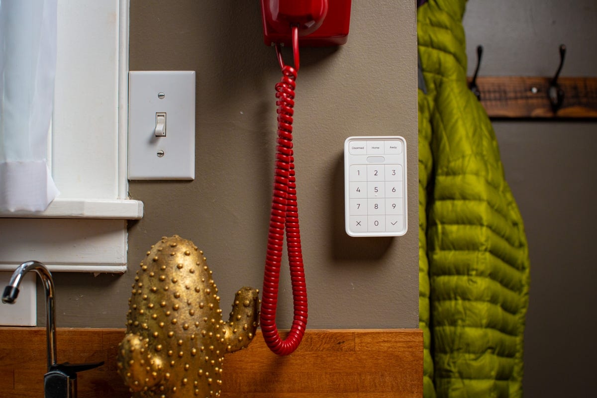 A photo of the Wyze security keypad.
