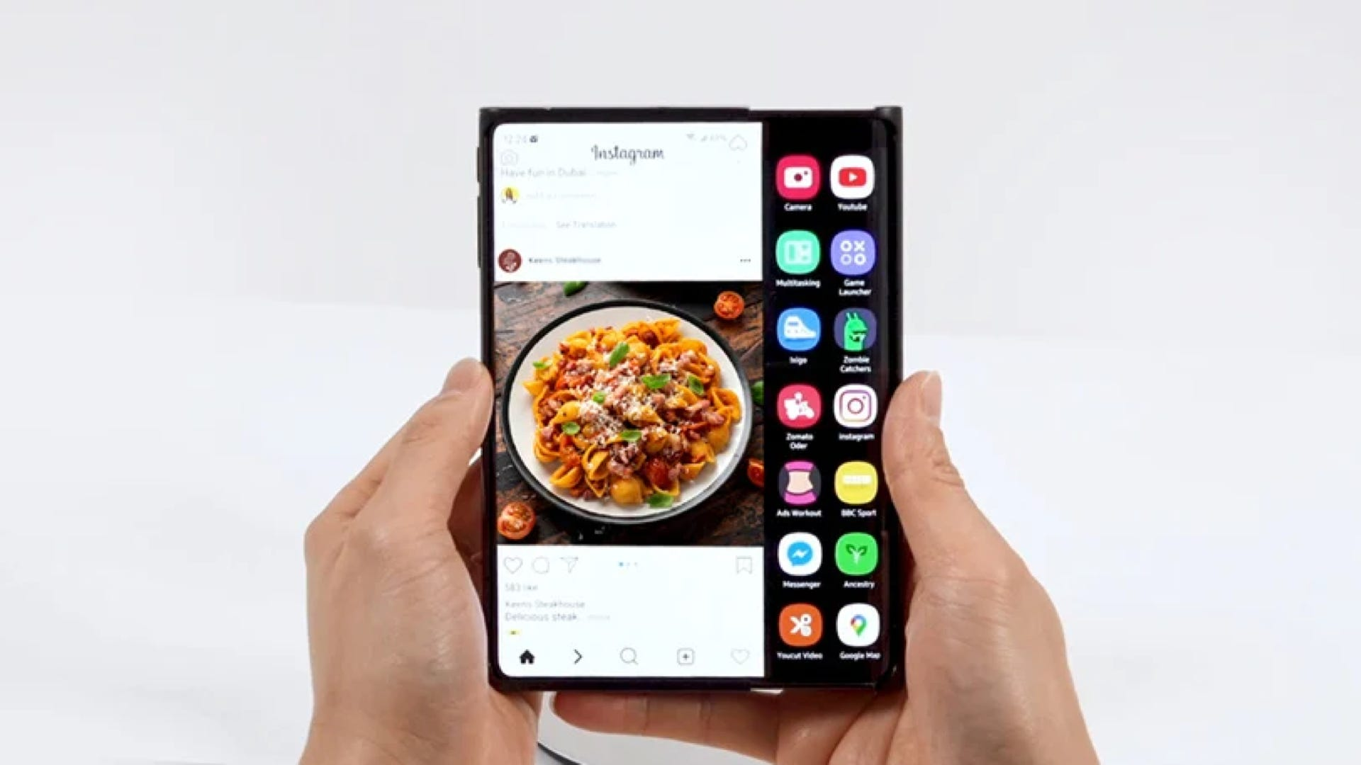 <p>Samsung Shows off New Double Folding and Rollable Phone Display Concepts thumbnail