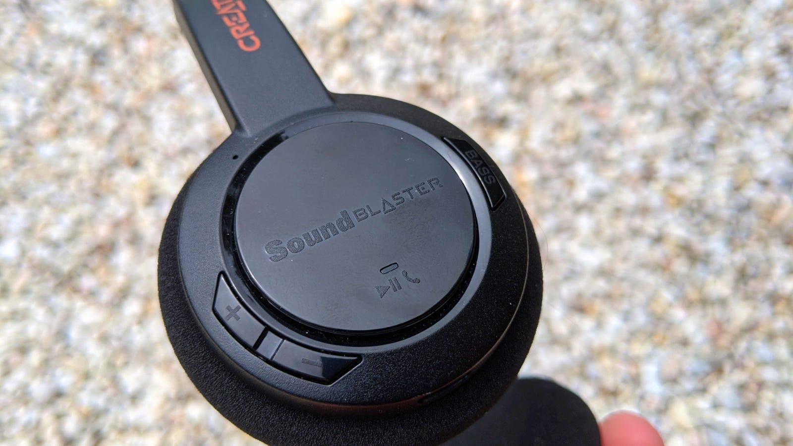 Close-up of Sound Blaster Jam V2 right ear pad