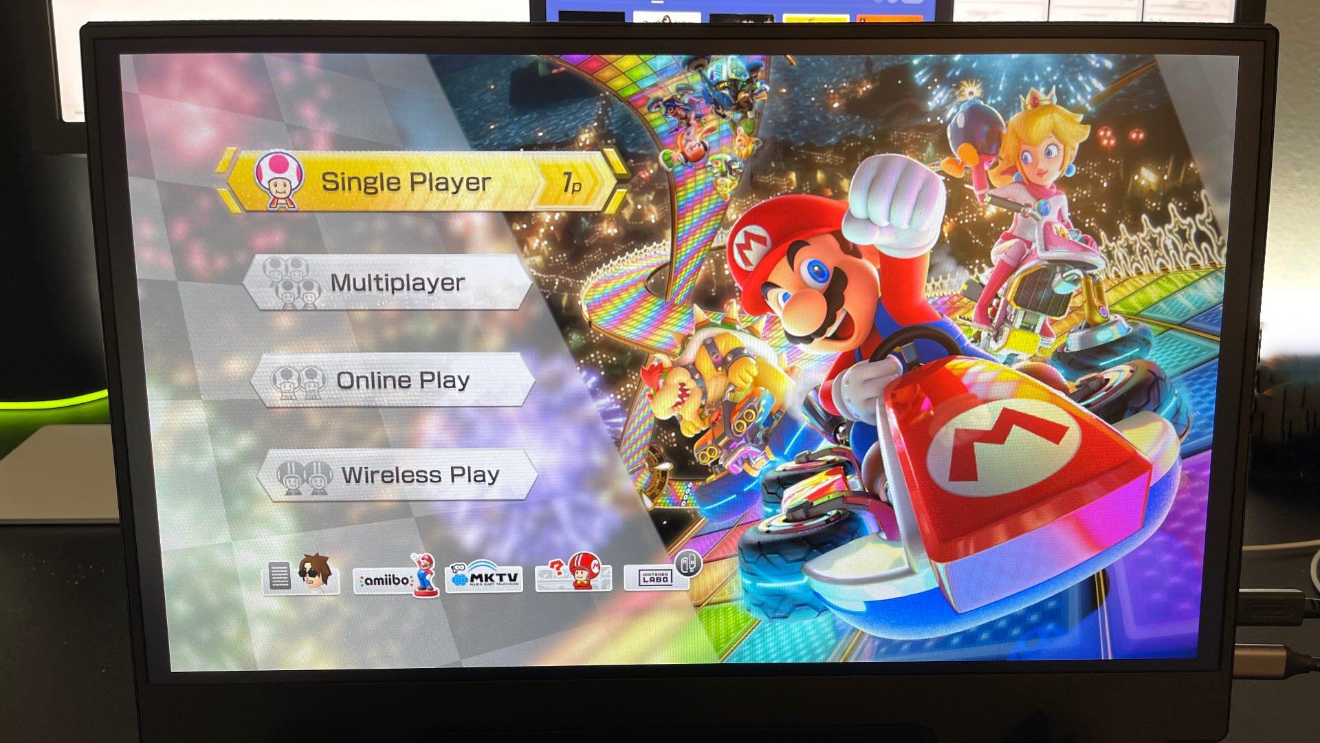 Монитор Vissles, на котором отображается Mario Kart 8 Deluxe при подключении к Nintendo Switch
