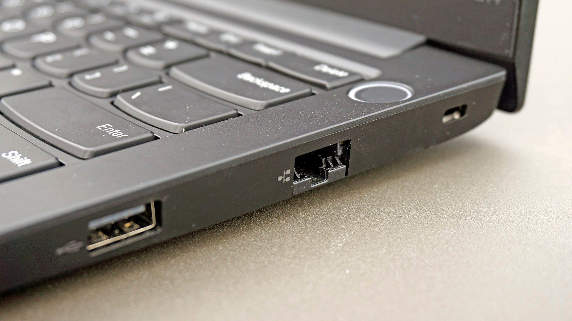 ThinkPad E14 right side ports