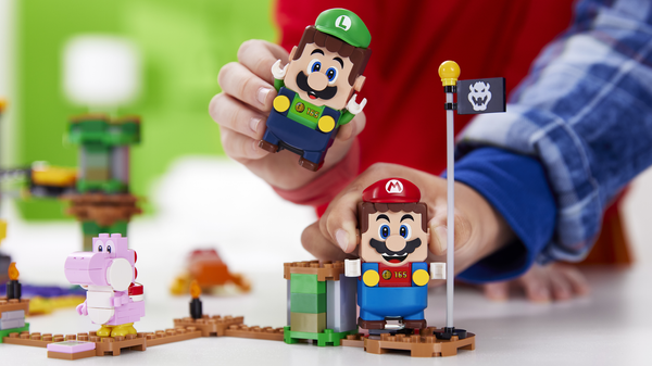 As LEGO Super Mario World Adds Two-Player Mode, New Expansion Packs Arrive