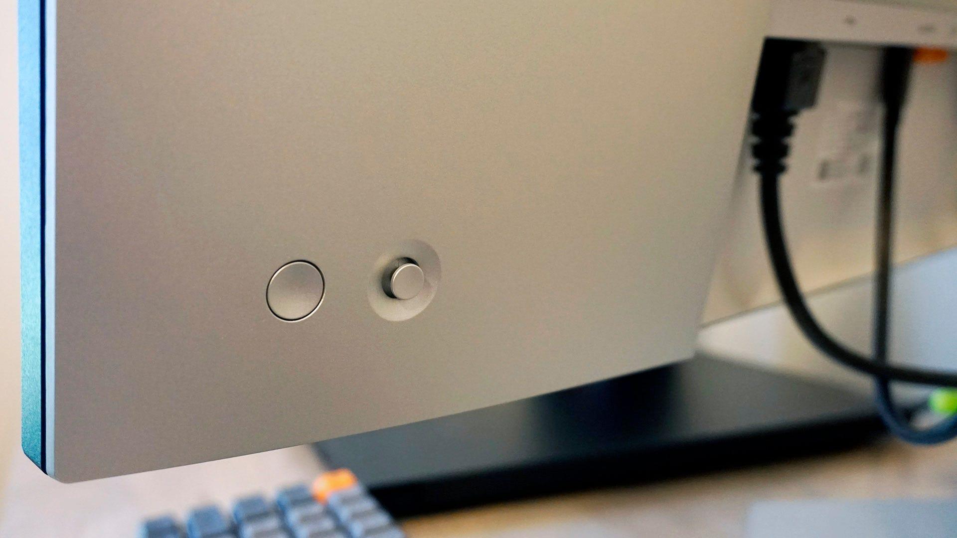 Dell Ultrasharp U2722DE power button and control stick