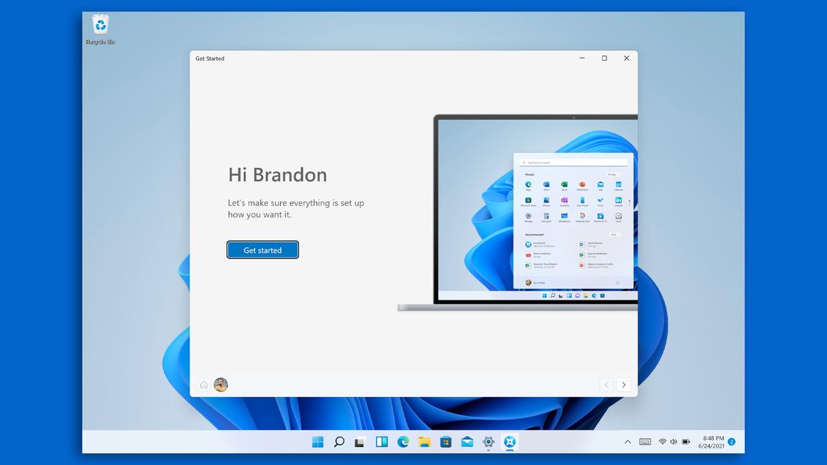 Windows 11 welcome screen.