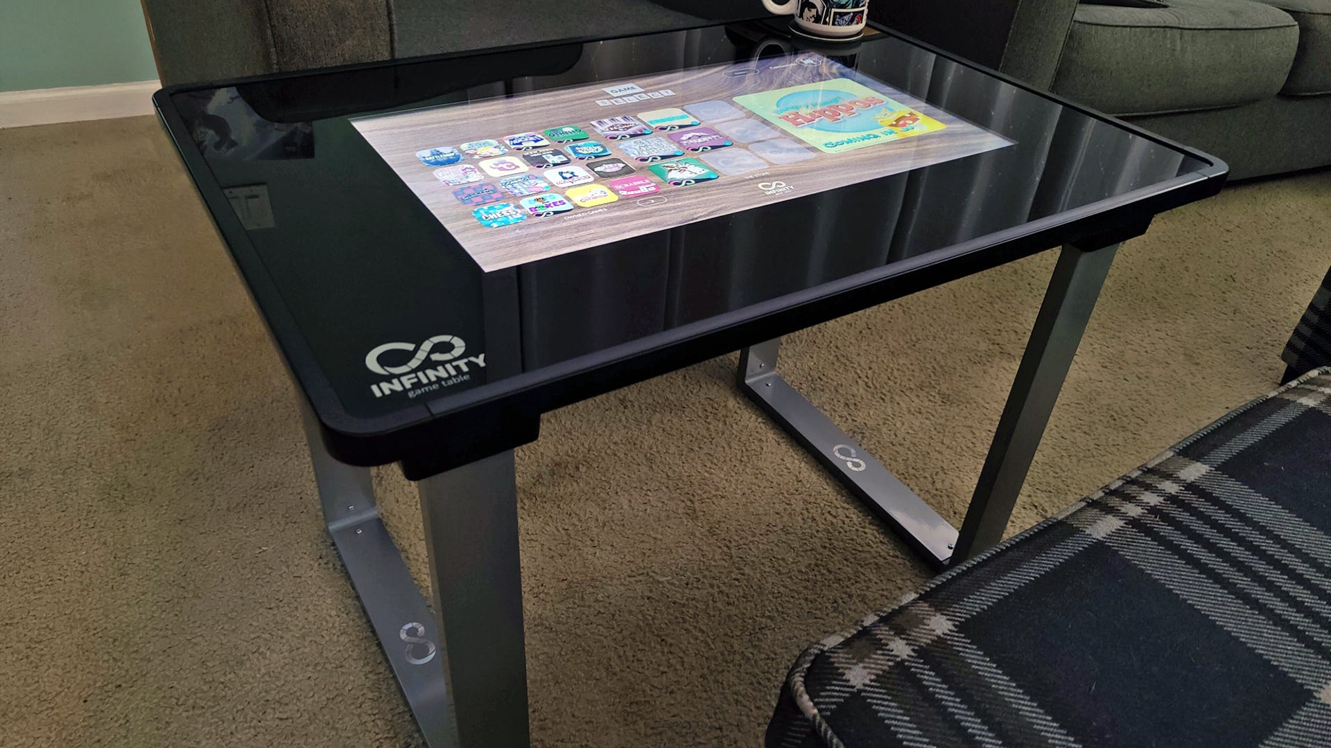 A coffee table with U-shaped steel legs
