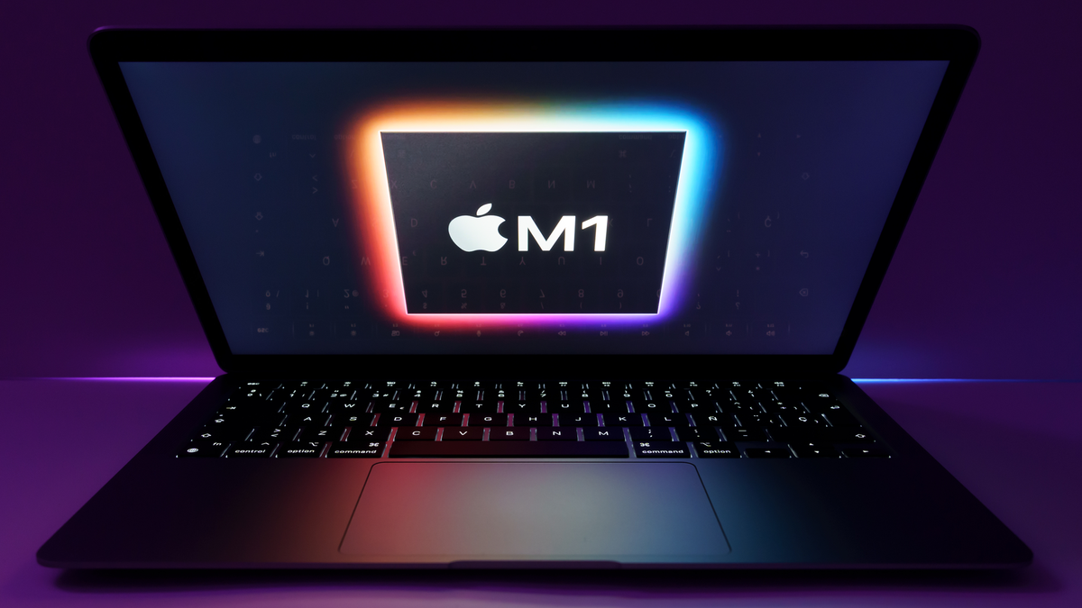 New MacBook Air silicon M1 with light reflections