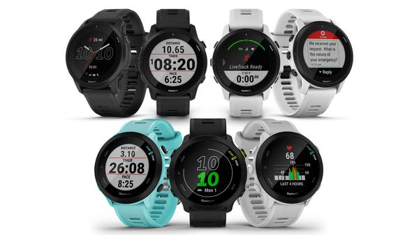 Garmin Celebrates Global Running Day with the Forerunner 55 and 945 LTE Watches