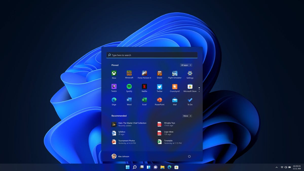 A Windows 11 Home screen in Dark Theme mdoe