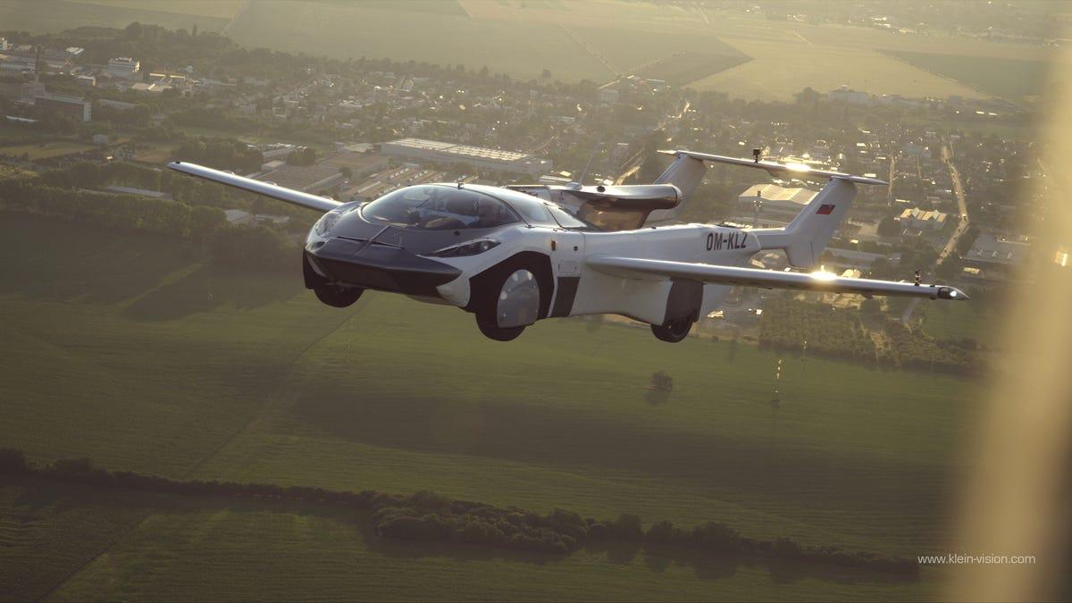 The AirCar test flight