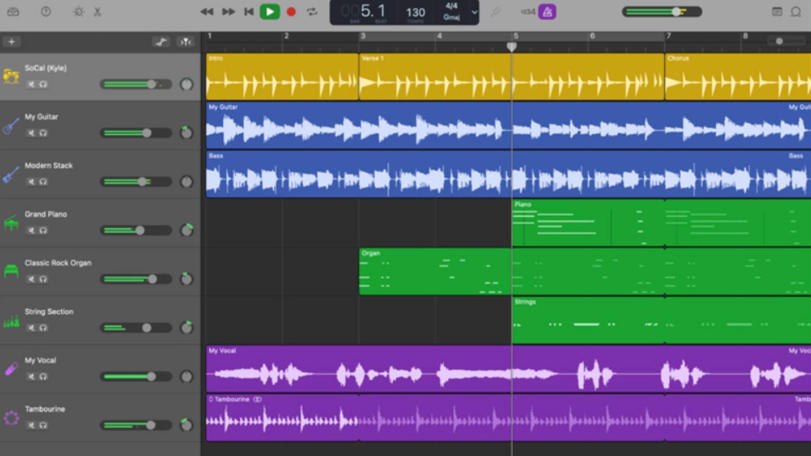GarageBand main instrument editing page