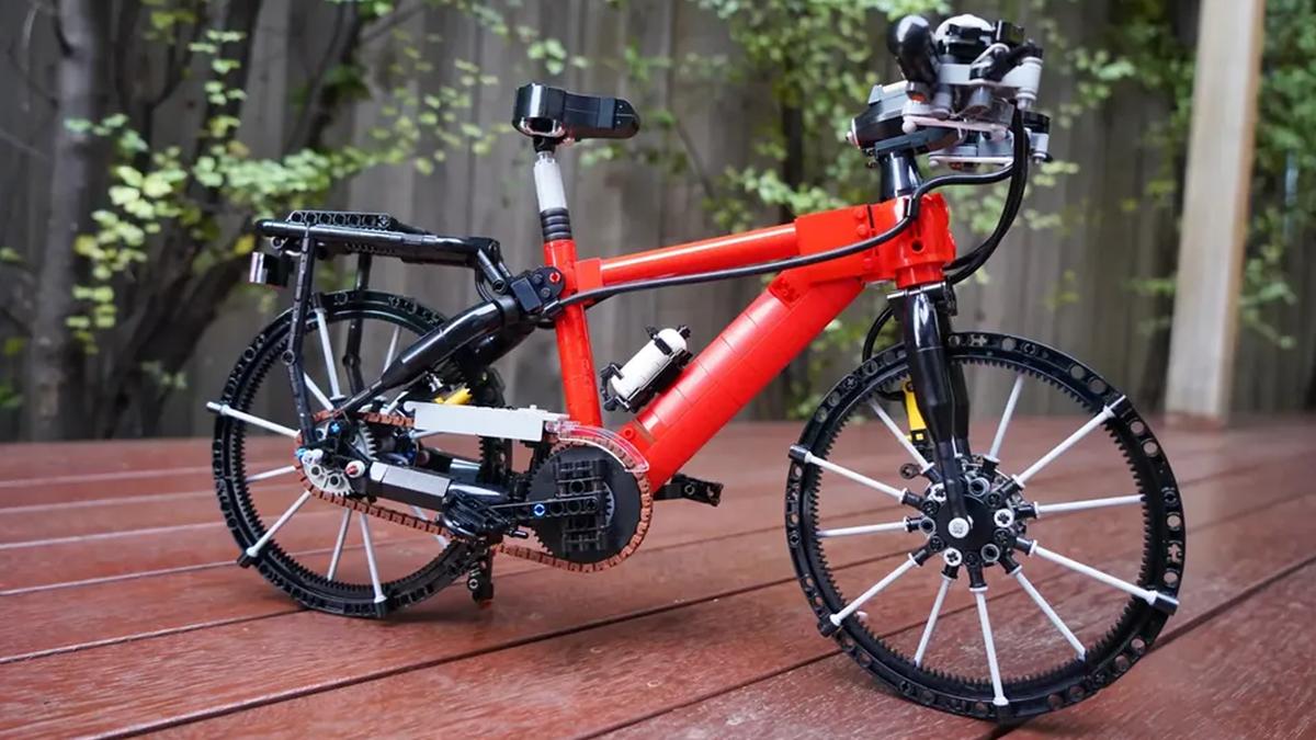 SleepCow's LEGO bicycle