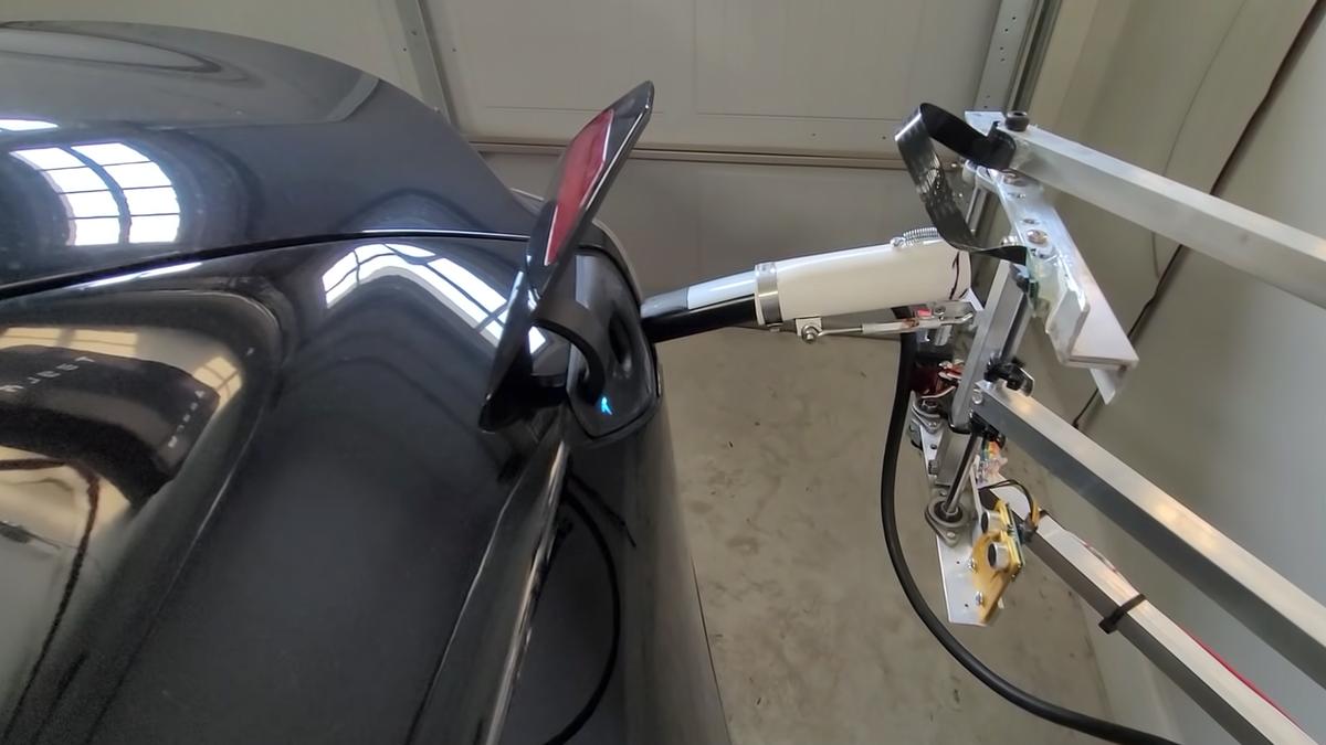 Pat Larson's automatic Tesla charger.