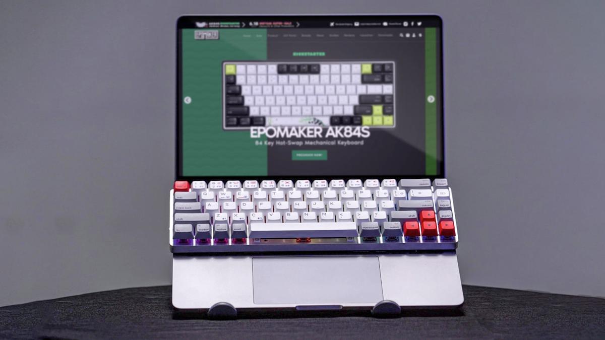 The Epomaker NT68 mechanical keyboard