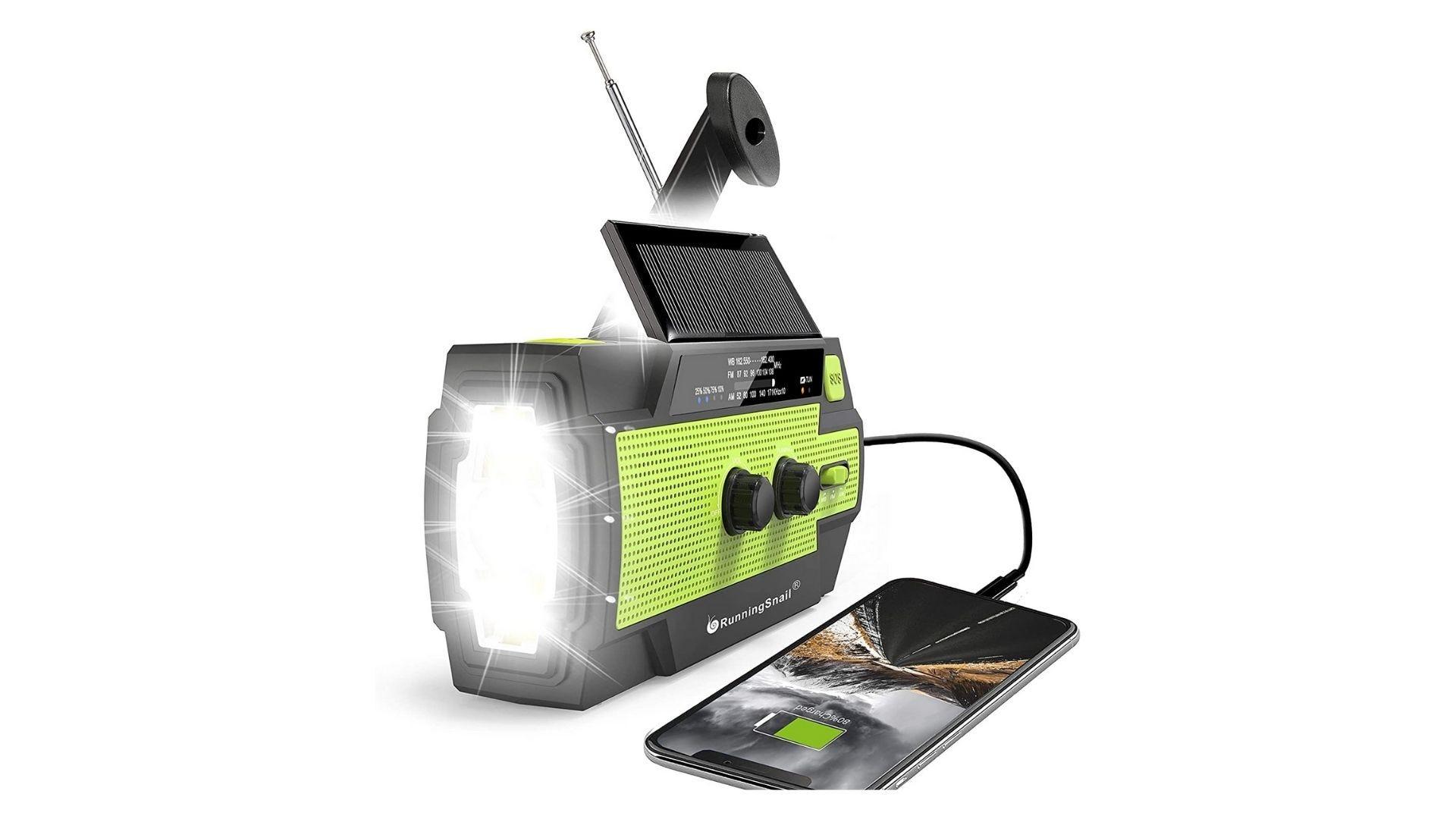 RunningSnail Emergency Crank Radio,4000mAh-Solar