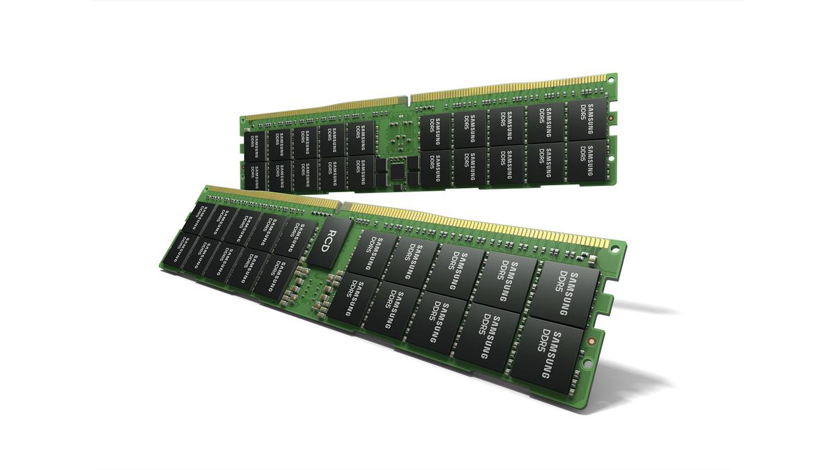 Samsung's 512GB DDR5 RAM modules.