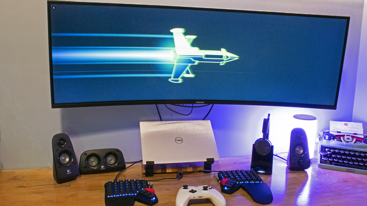 A ultrawide monitor running an Xbox console game