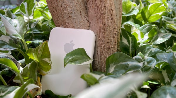 MagSafe Battery Pack Review: Breaking the Ecosystem