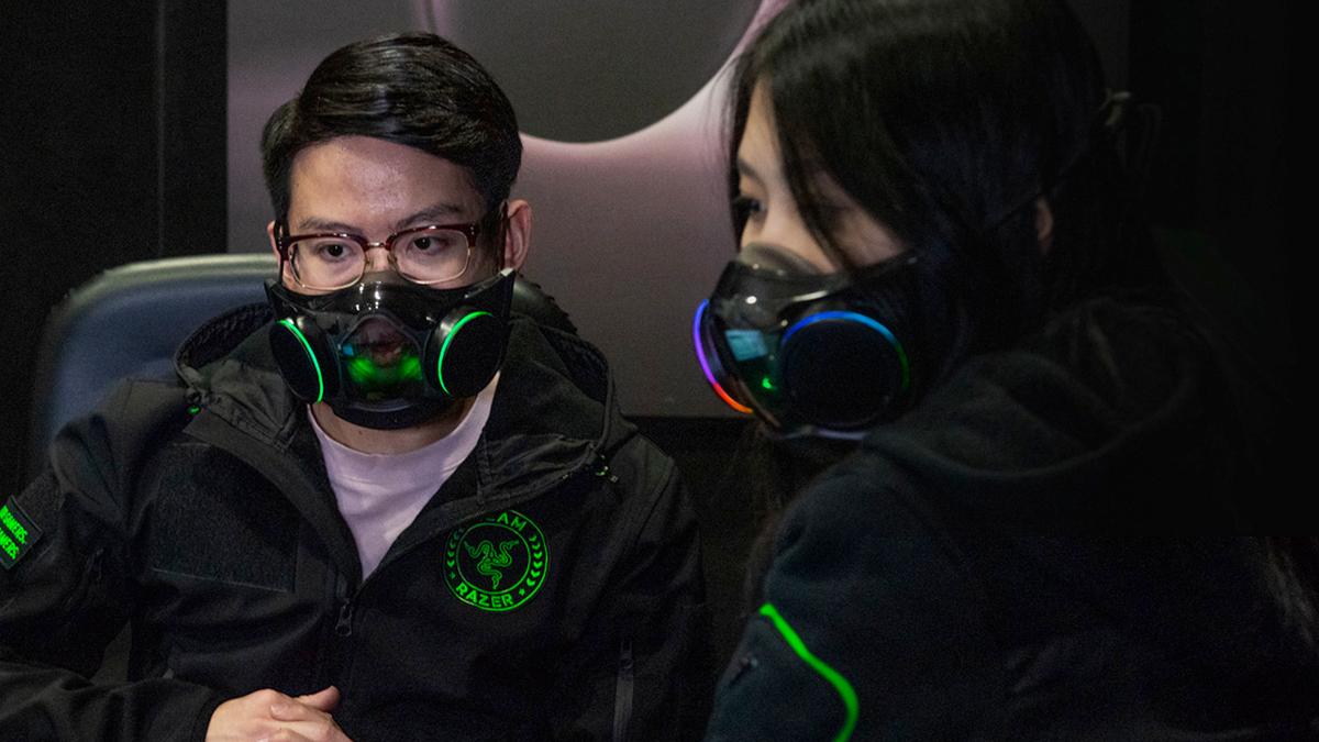 Two people wearing Razer's Zephyr face mask.