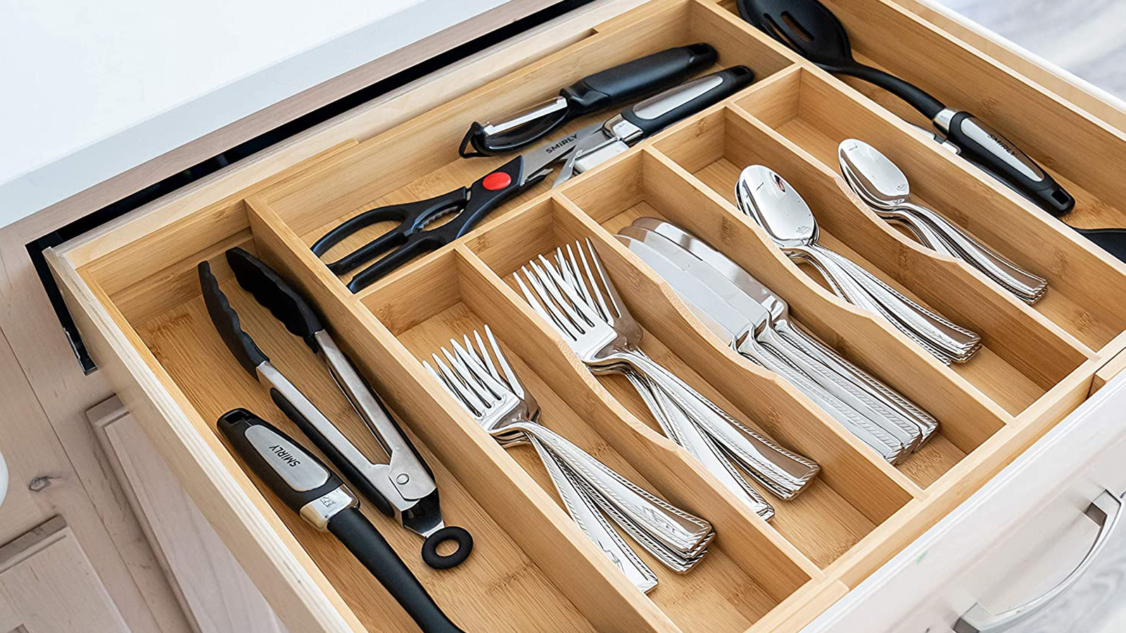Keep Your Kitchen Utensils Where You Need Them with This Bamboo Organizer