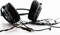 Cyber Acoustics Wants to Recycle Your Drawer of Old Headphones