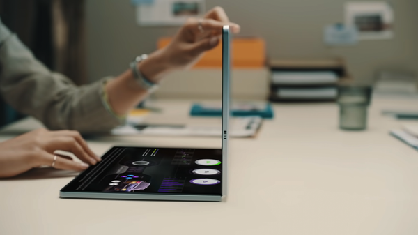 Samsung Could Bring Its Foldable Display Tech to a Laptop