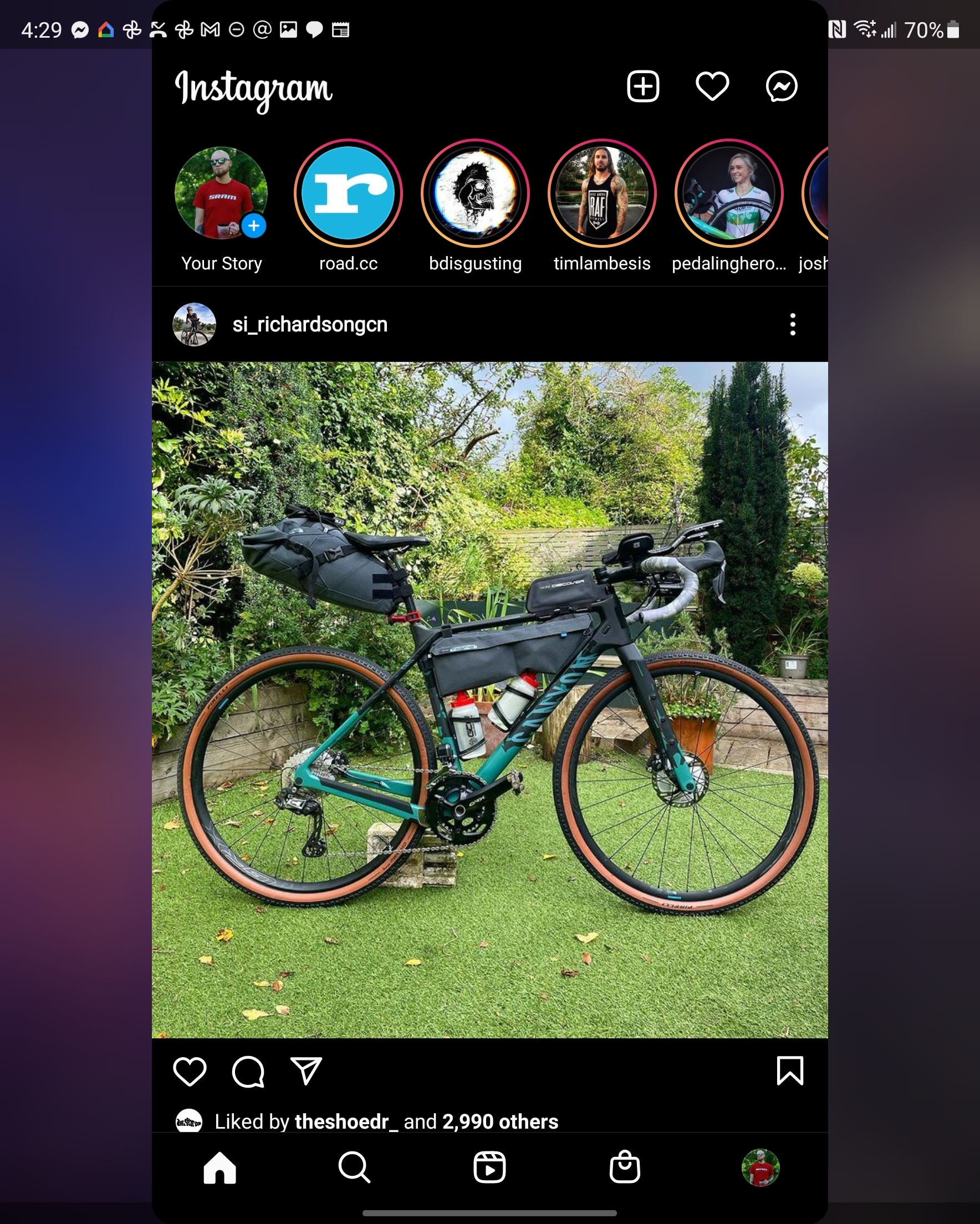 Instagram on the Fold 3's main display