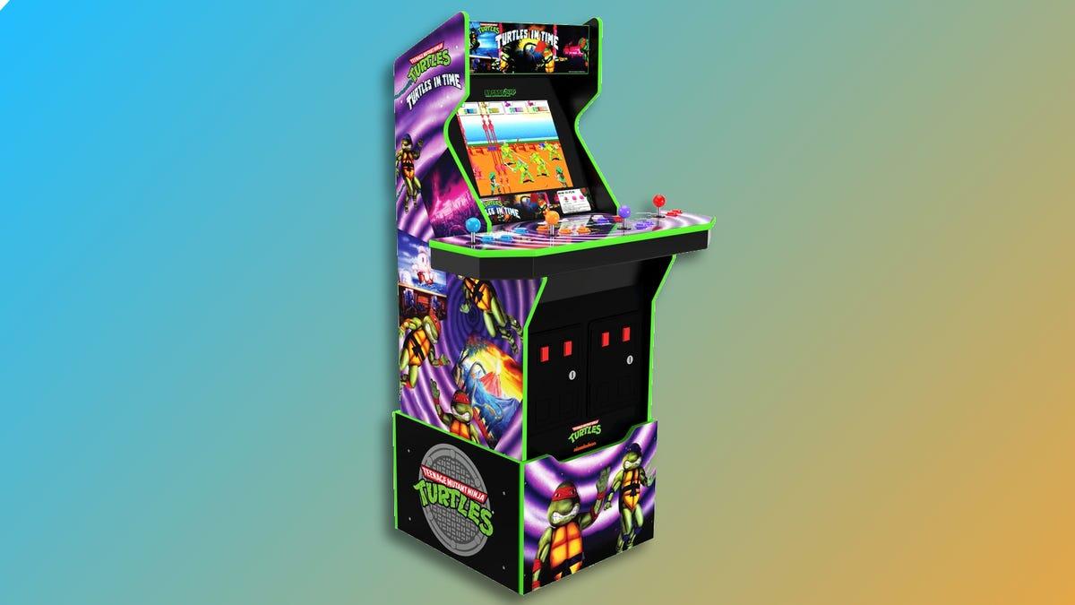 Teenage Mutant Ninja Turtles: Turtles in Time™ Arcade Machine against colored background