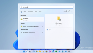 Windows 11 Cripples File History to Prop Up OneDrive Backup