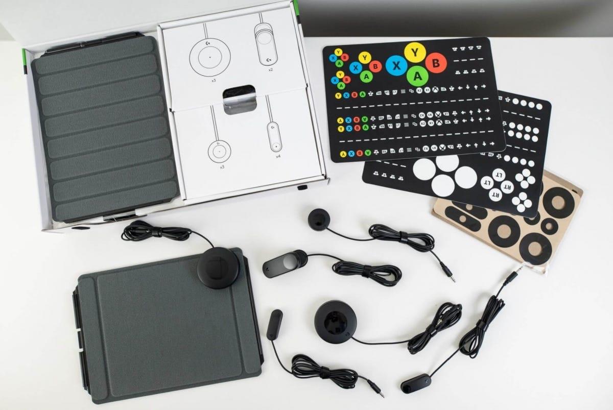 Logitech Adaptive Gaming Kit