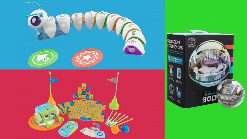 Három szórakoztató kódoló játék: a Code-a-Pillar, a Botley a kódoló robot és a Sphero BOLT háromszínű háttérrel