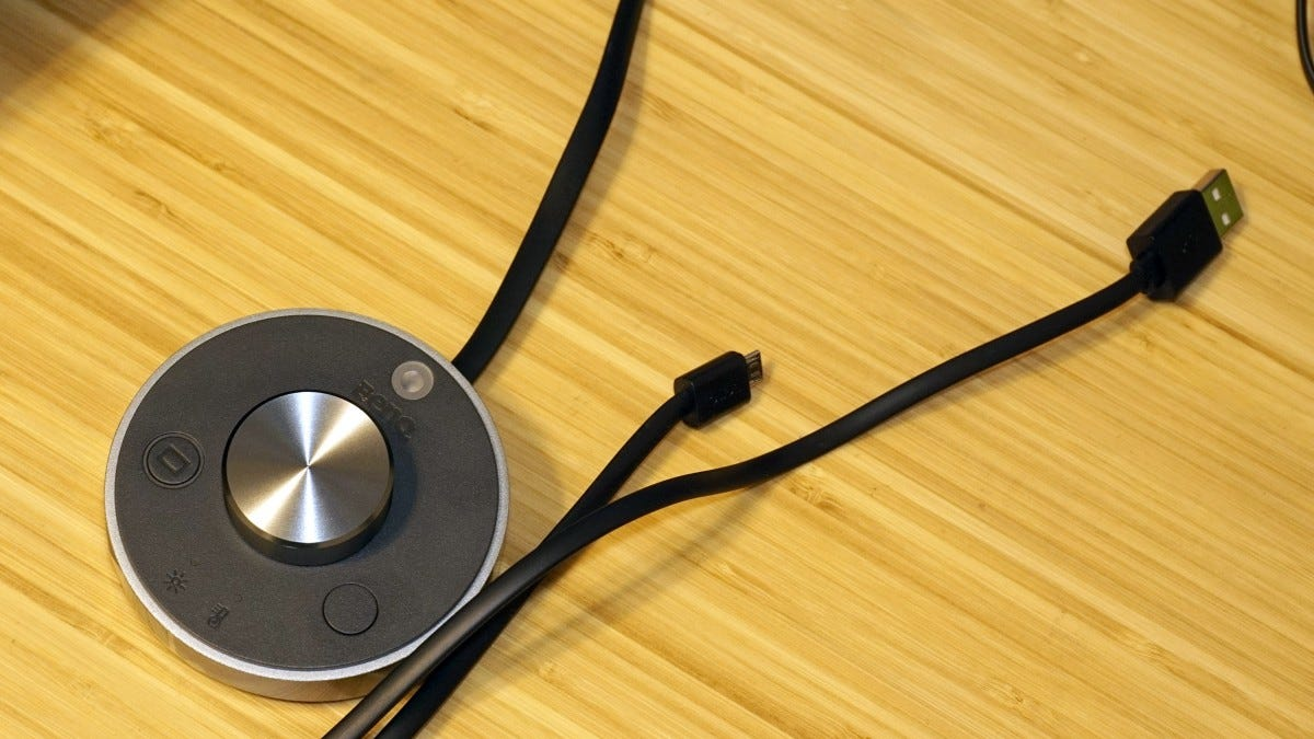 Control puck with USB cord.