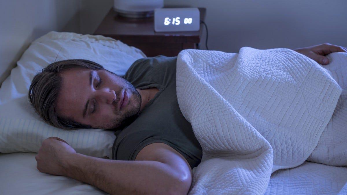6 Best Alarm Clocks for Deep Sleepers – Review Geek