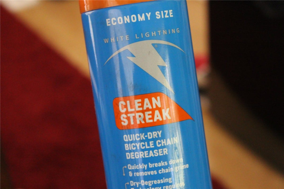 A can of White Lightning Clean Streak degreaser.