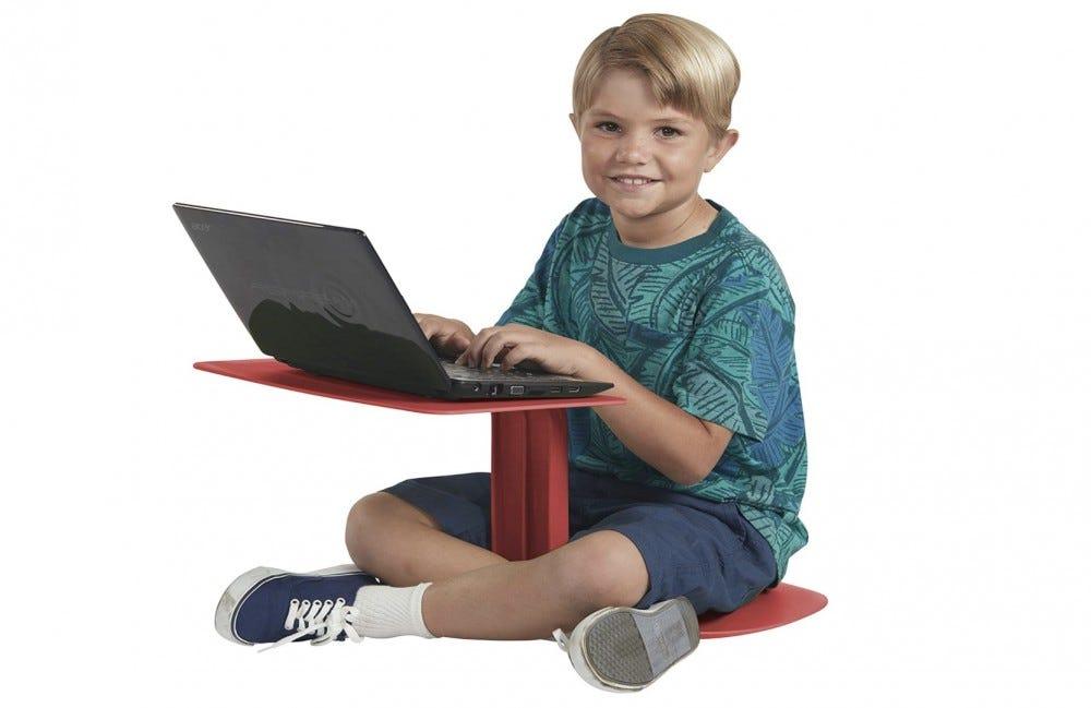 escritorio de plástico para niños