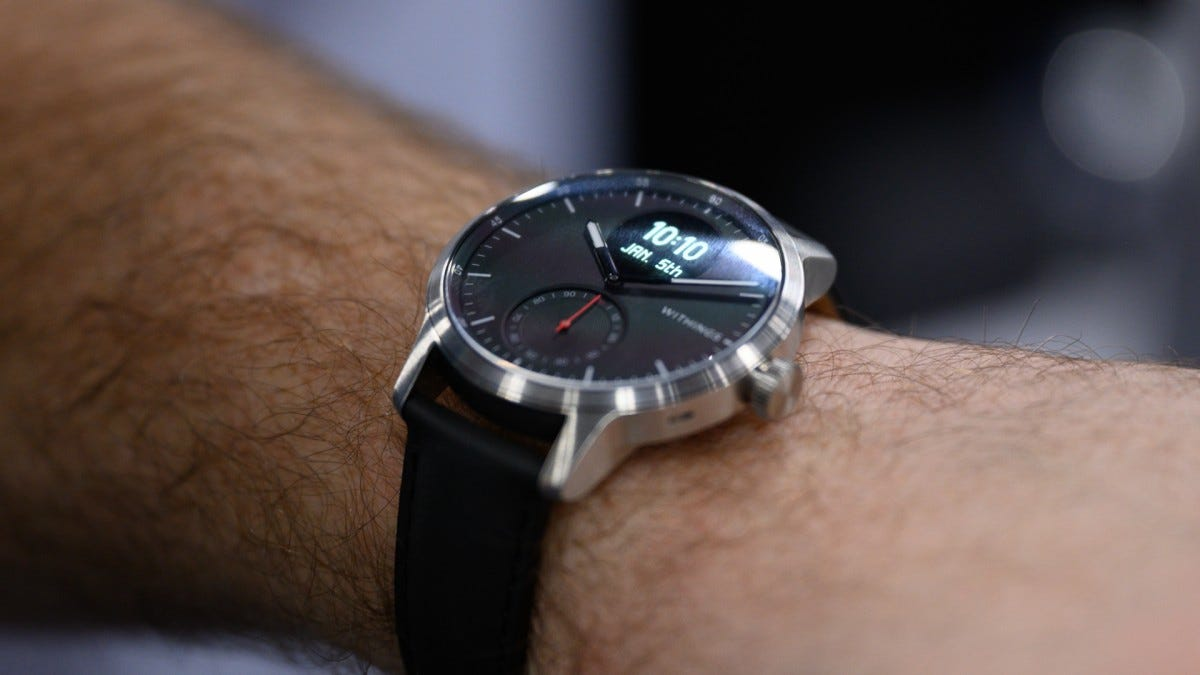 Withings ScanWatch Black Background Time
