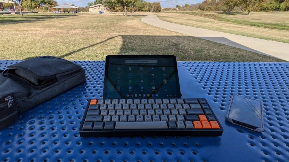 Keychron K6 with tablet
