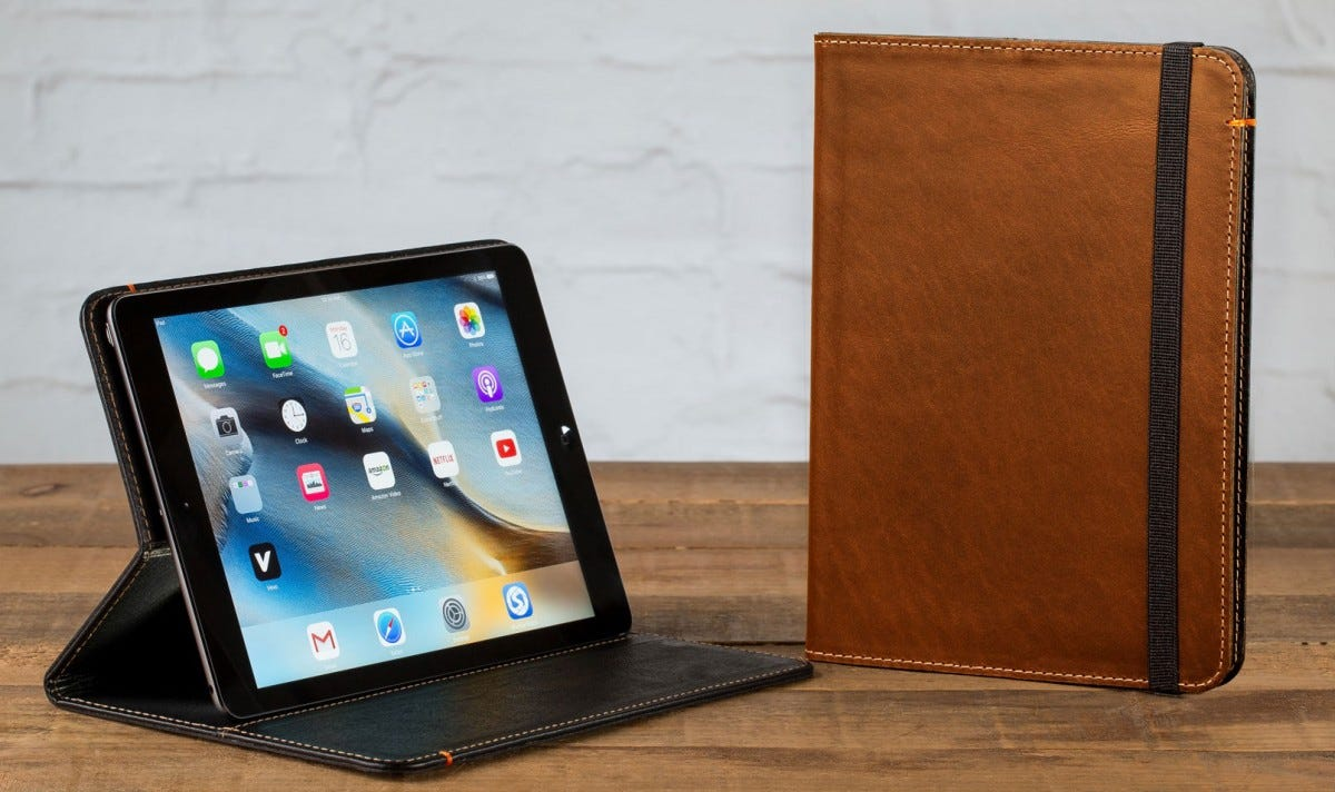 new product 5540c 6c2a5 The Best Premium Leather iPad Cases – Review Geek