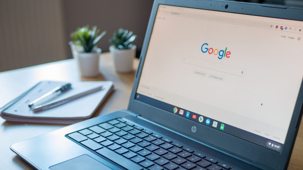 Google search engine on home page of HP chromebook