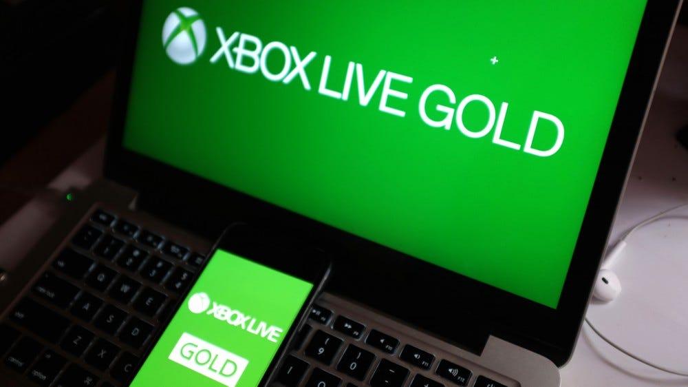 تلفن هوشمند با نشان XBOX LIVE GOLD که سرویس آنلاین کنسول Xbox One است