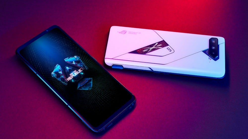 The front and backside of the ASUS ROG 5 Phone