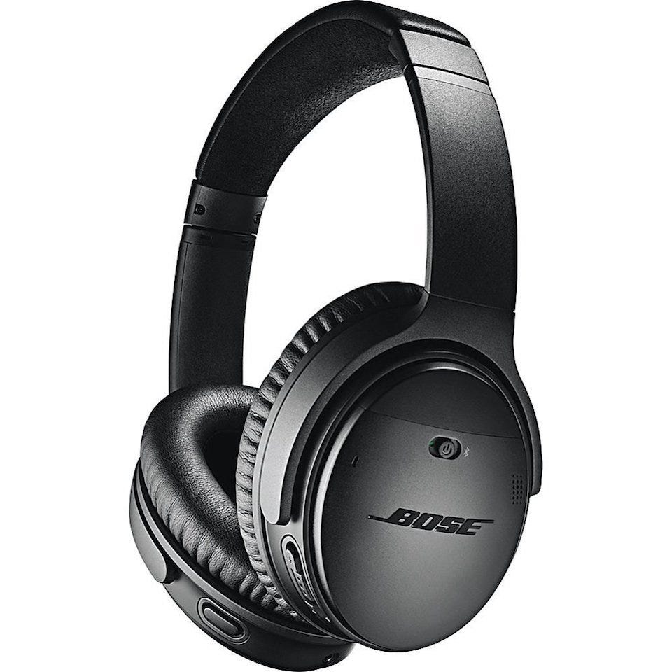 72029b9c105 Bose is a well established name in the headphone and speakers field, so  it's little surprise they've got a great pair of noise-cancelling headphones  on the ...