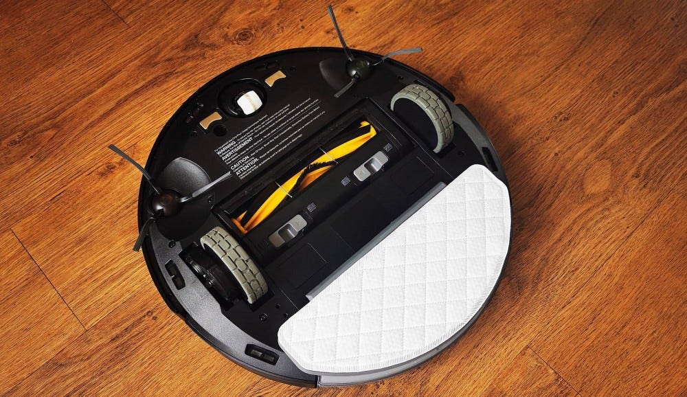 ecovacs deebot ozmo T8 AIVI base view with mopping plate attached