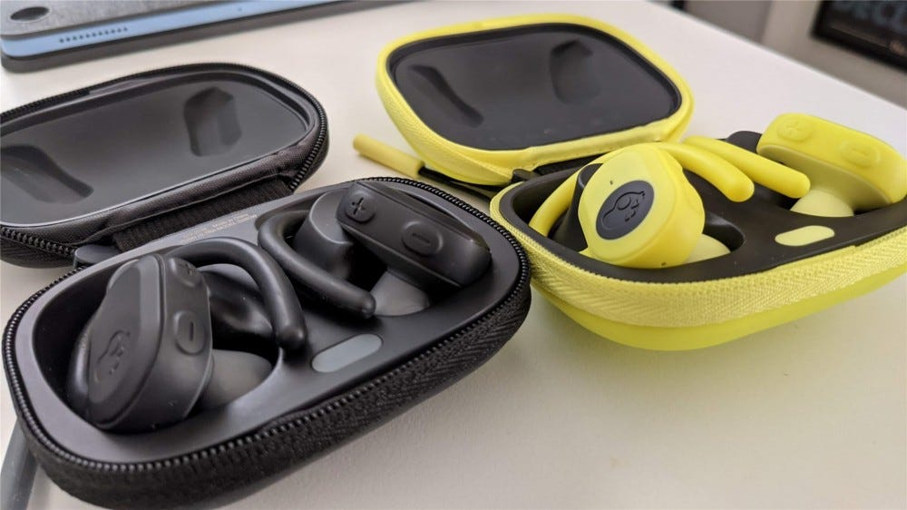 Skullcandy Push Ultra earbuds in black and yellow