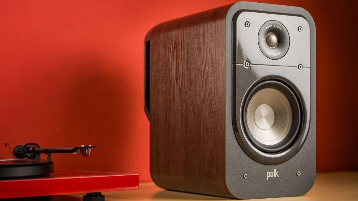 polk S20 bookshelf speaker in living space