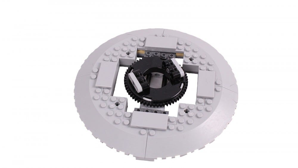 A closeup of a LEGO turntable mechanism.
