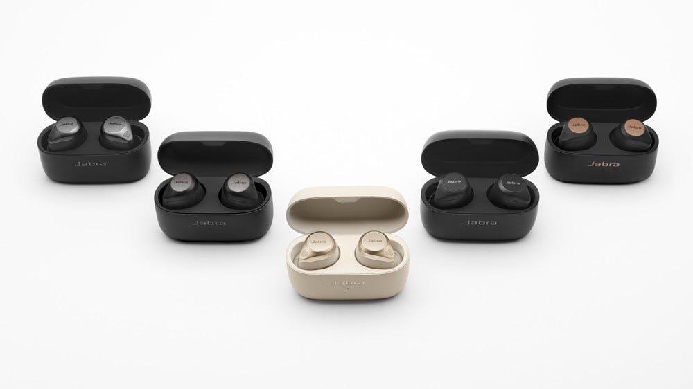 Fotó a Jabra Elite 85t vezeték nélküli fülhallgatókról titán, arany, réz, fekete és szürke színben.