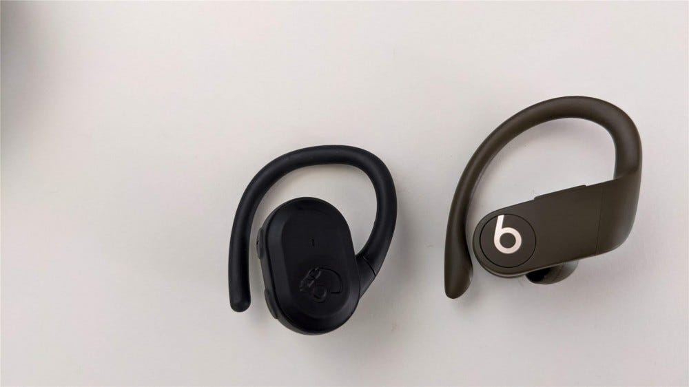 The right Push Ultra compared to the right PowerBeats Pro