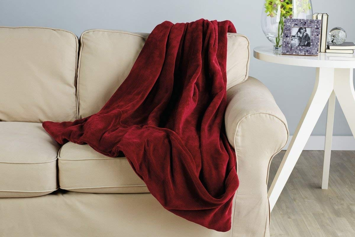 Stupendous The Best Heated Throw Blankets For Year Round Warmth Dailytribune Chair Design For Home Dailytribuneorg