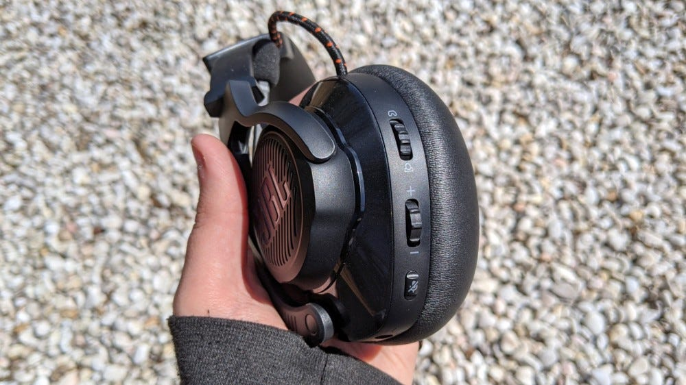 Close-up shot of JBL Quantum 600 Headset sliders and buttons