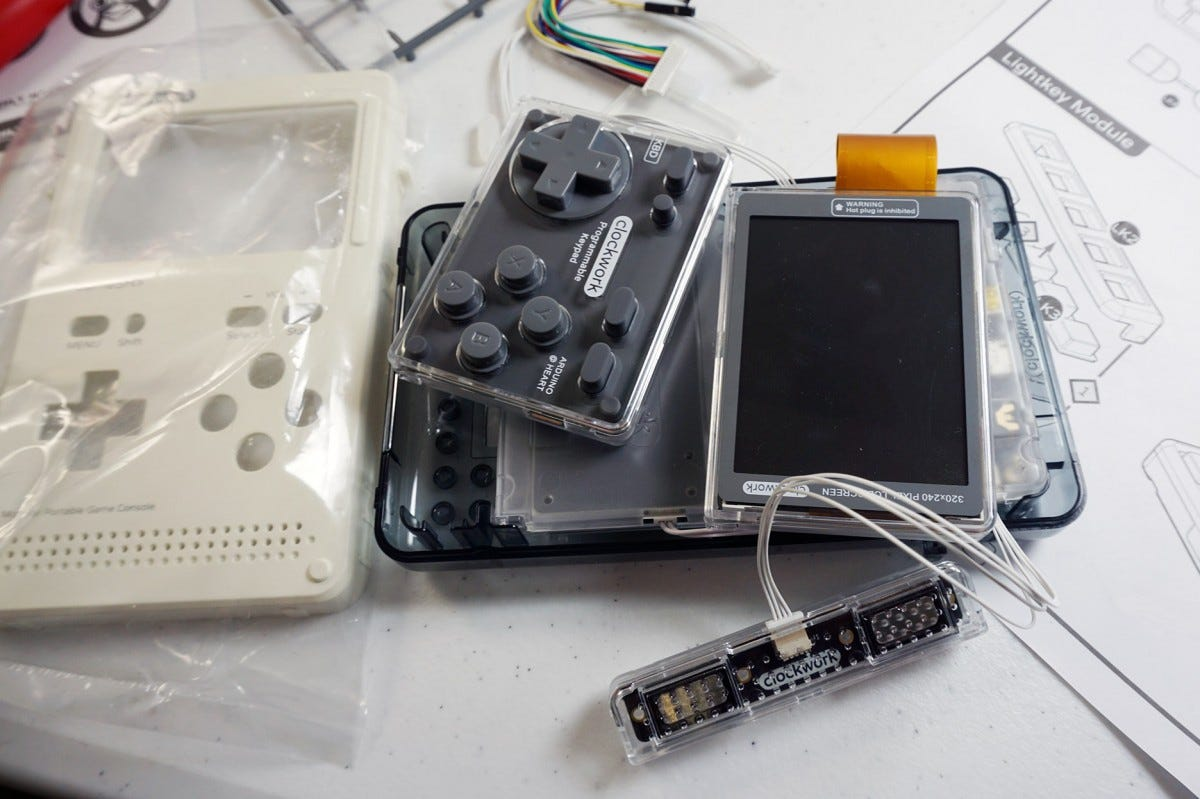 The modular part design---screen, pad, motherboard, battery---makes assembly safe and easy.
